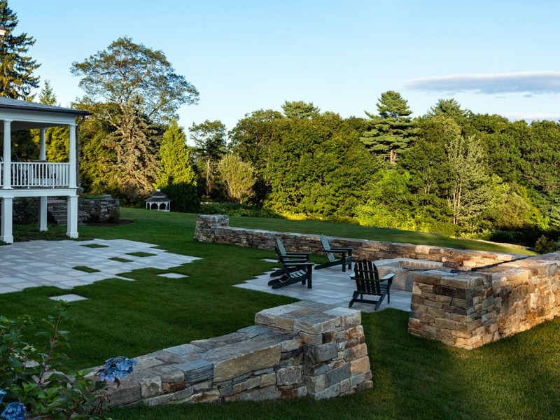 stone-wall-landscaping-backyard-maine-patio